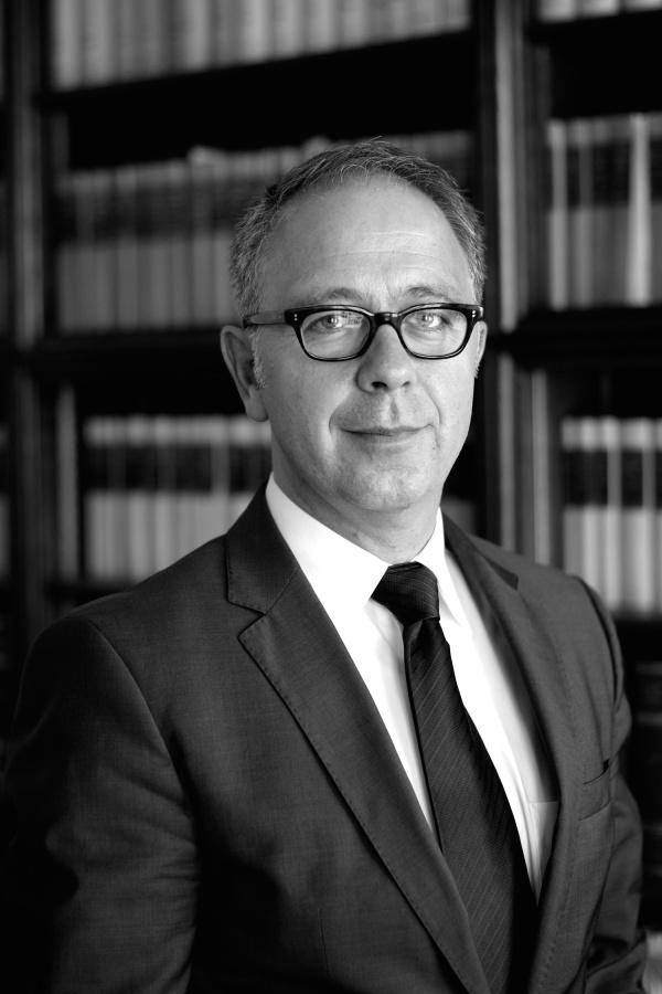 Prof. Dr. Roland Fankhauser